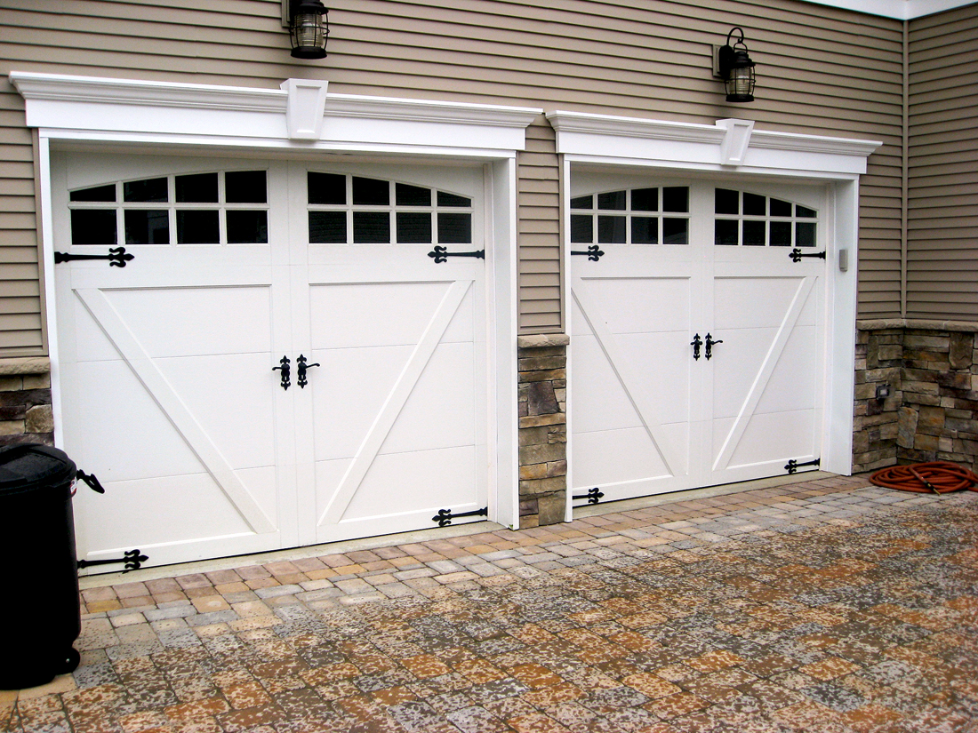 Carriage garage doors - Steel Carriage House Garage Doors